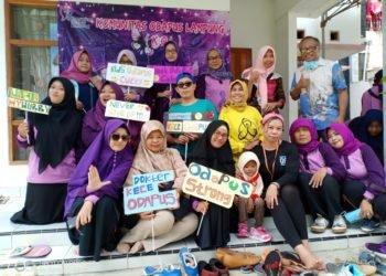 Anggota Komunitas Odapus Lampung (KOL) berfoto bersama. Mereka selalu fokus dan konsisten untuk terus memberikan dukungan kepada sesama odapus. DOK. KOL