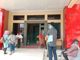 Ratusan Warga Bandar Lampung Daftar Surat Bebas Covid