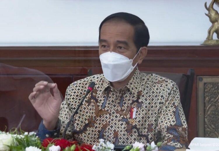 Presiden Joko Widodo saat memimpin ratas pendisiplinan melawan covid-19 di Istana Bogor, Jawa Barat. (YouTube Sekretariat Presiden)